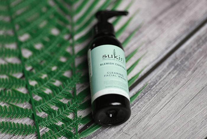 Kem dưỡng Sukin Blemish Control giúp trị mụn đầu đen