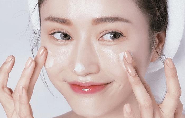Lưu ý khi lựa chọn thành phần kem dưỡng ẩm trắng da cho da nhạy cảm