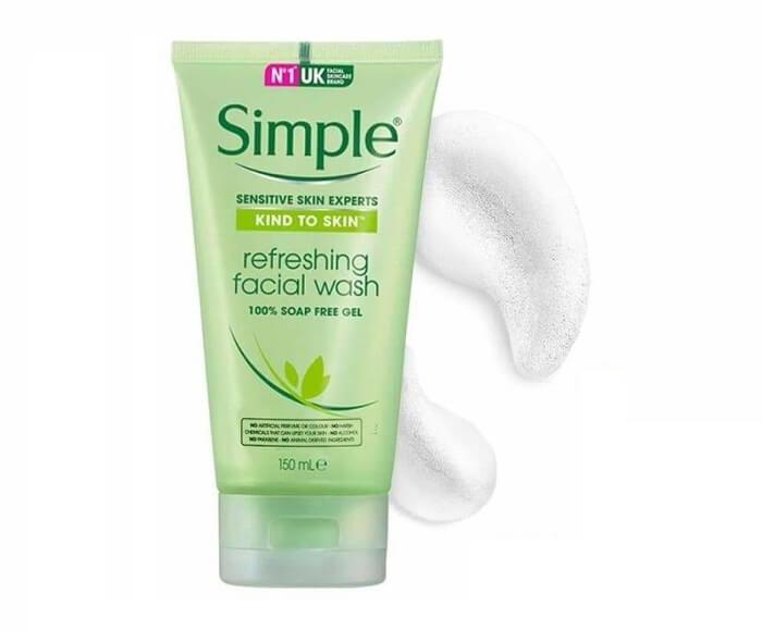 Sữa rửa mặt trắng da Simple Skin Refreshing Facial Wash Gel