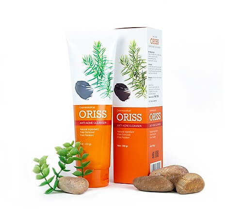 Sữa rửa mặt Oriss với thành phần chính là bùn khoáng và tính chất tràm trà giúp làm sạch da tuyệt đối