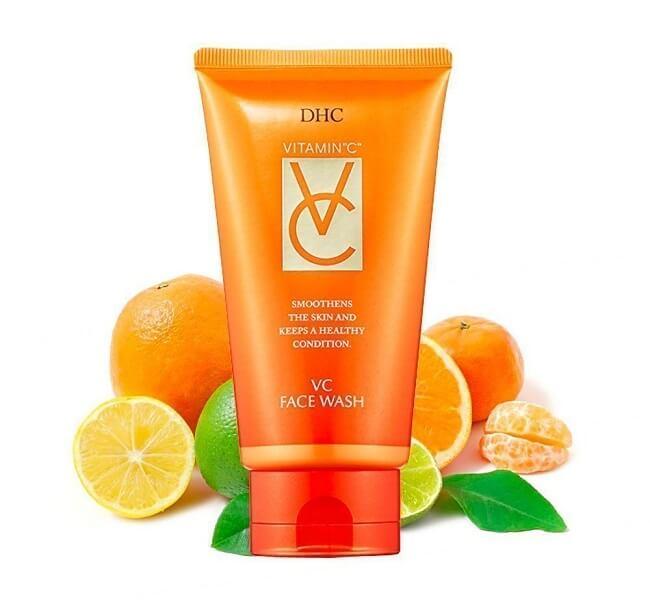 Sữa rửa mặt vitamin C DHC VC Face Wash giúp bảo vệ da