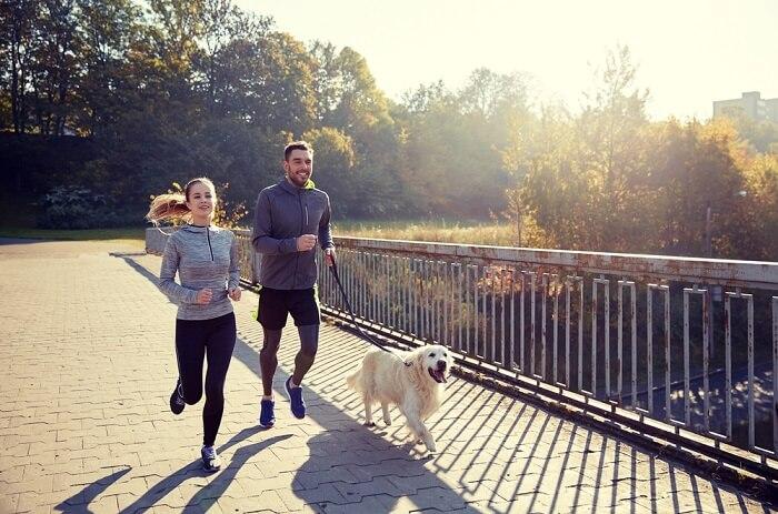 Nên tập thể dục thường xuyên để có cơ thể khỏe mạnh