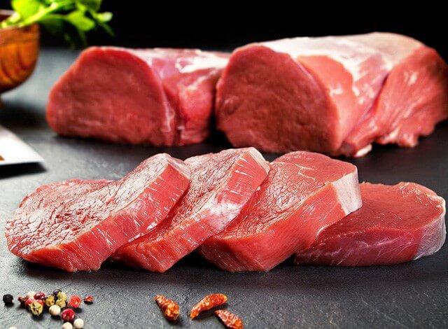 Thịt đỏ chứa lượng lớn nhân purin không tốt cho người bị gout