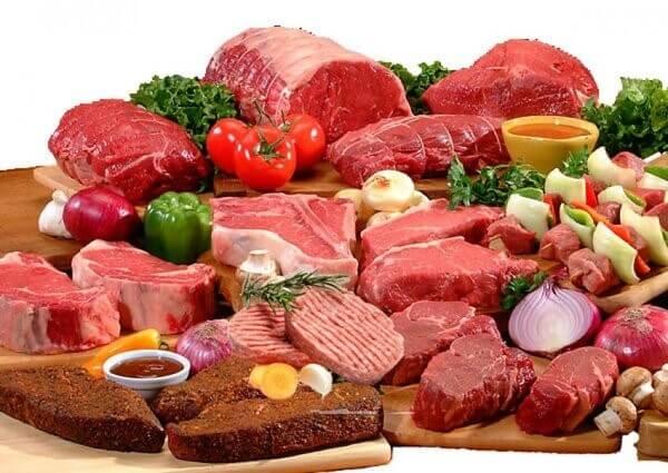 Thực phẩm thịt đỏ chứa nhiều hàm lượng Purin cao nên người bị bệnh gout kiêng ăn