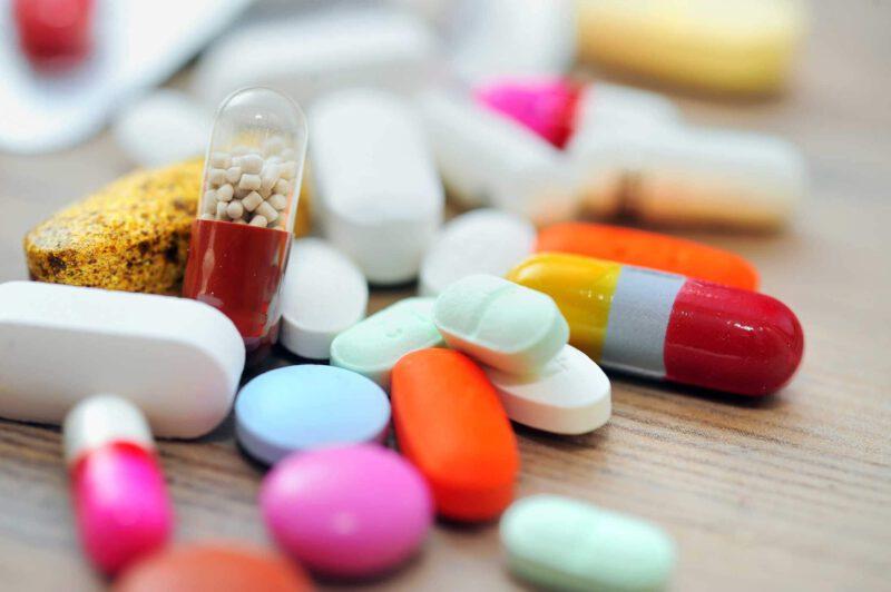 Tránh các loại thuốc gây tăng nồn độ acid uric