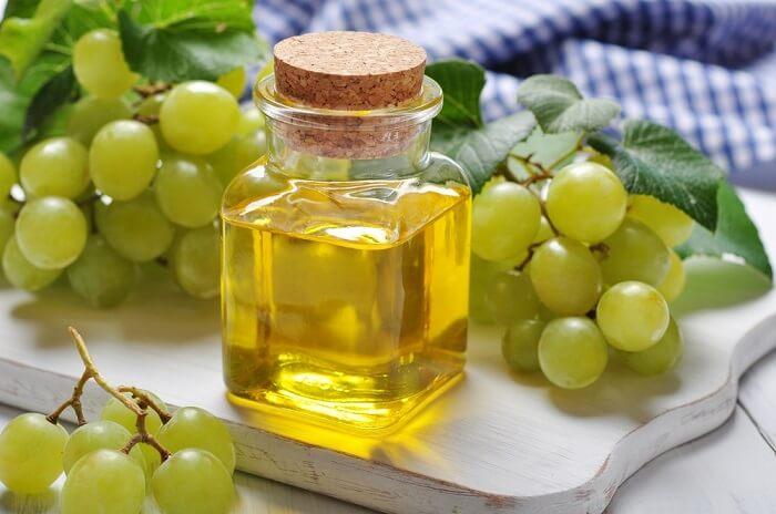 Tinh dầu hạt nho giúp chống oxy hóa mạnh mẽ hơn cả vitamin C và vitamin E