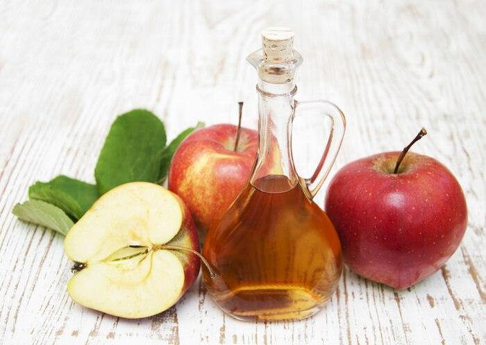 Trị nám sau sinh bằng giấm táo khá an toàn và hiệu quả