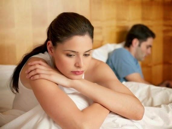 khô hạn, đau rát khi quan hệ, giảm ham muốn
